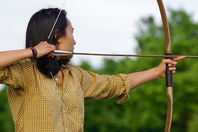 弓矢と女性