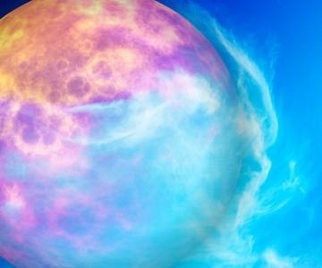 3分でわかる!惑星のパワーを取り入れる色彩で、なりたい自分になる方法
