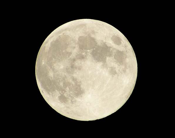 蠍座の満月。物事の裏側や「本質」を見抜く目を養うとき