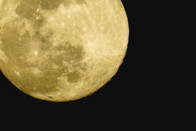 5月7日は蠍座満月〜強烈なエネルギーが降り注ぐ特別な時間