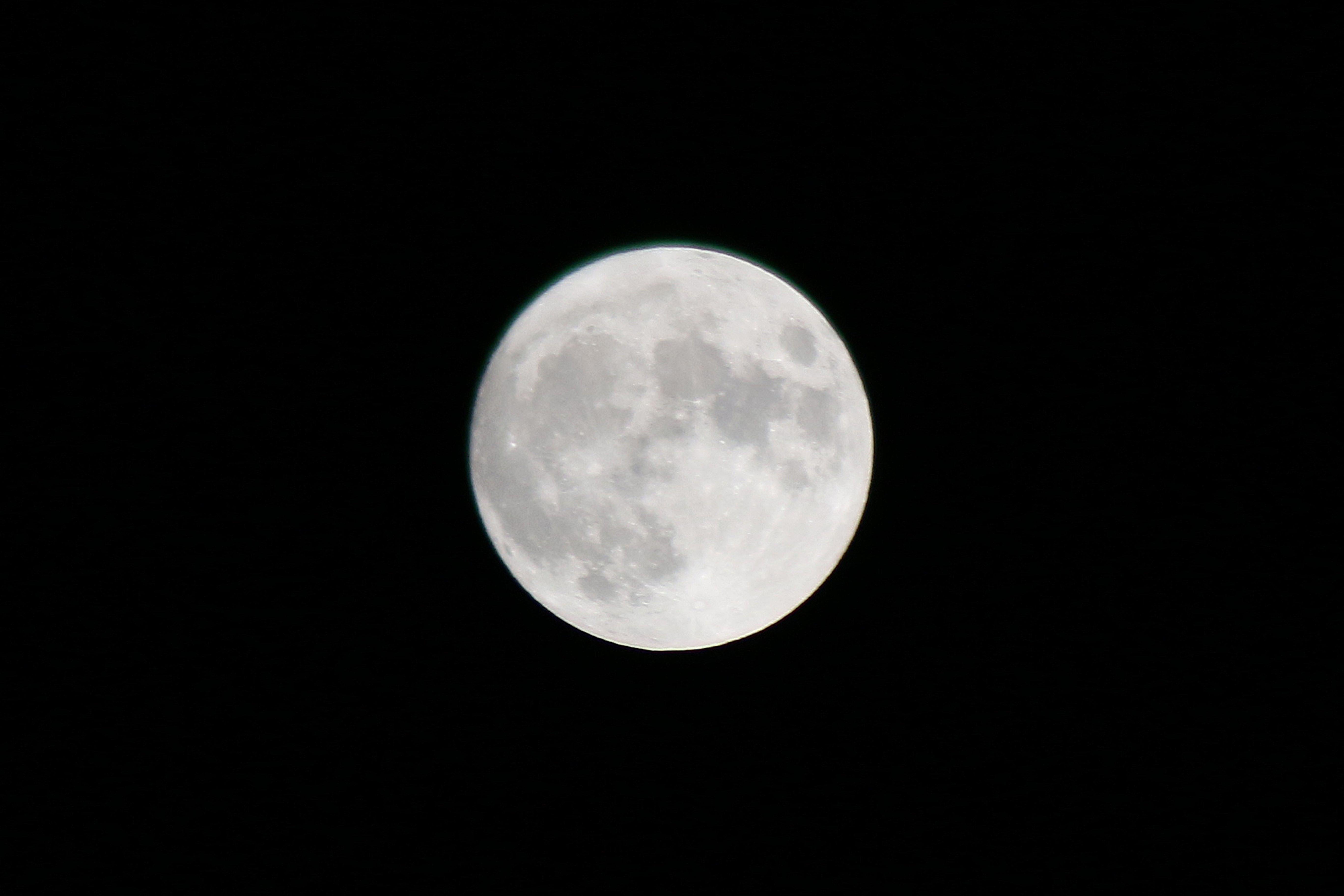 中秋の名月と牡羊座の満月〜もうちょっとわがままに生きてもいいのかも